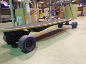reparar skateboard eléctrico